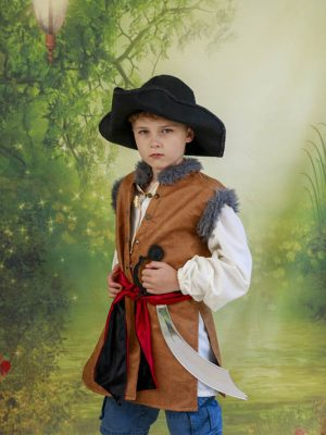 pirate costume, tricorn hat, captain hook,